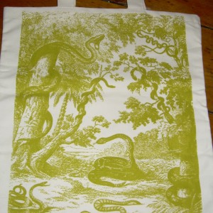 """Snakes in Paradise Go Green"" – Textile Bag"