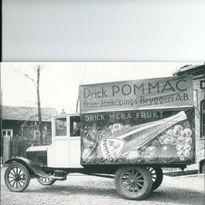 Pommac & Jönköpings Brewery Truck – Swedish Nostalgia Postcard