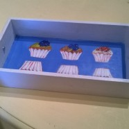 Merry Berry Cup Cake Tray