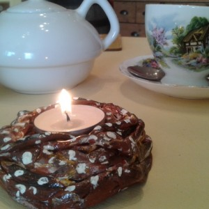 """Kanelbulle"" – Swedish Cinnamon Bun Tea Light holder"