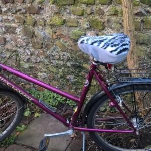 bike seat cover stripey outside